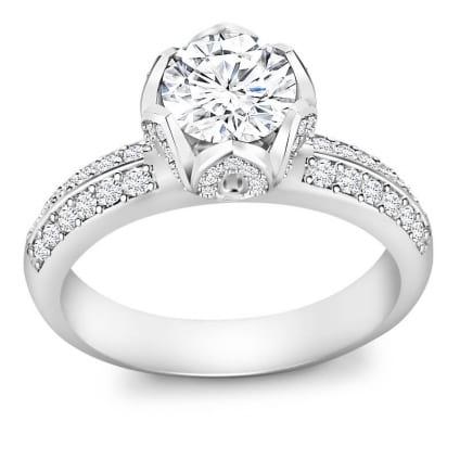 Женское бриллиантовое кольцо с центральным камнем