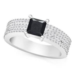 Женское кольцо с черным бриллиантом квадратной огранки