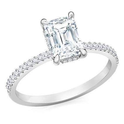 Кольцо с бриллиантом квадратной огранки Изумруд
