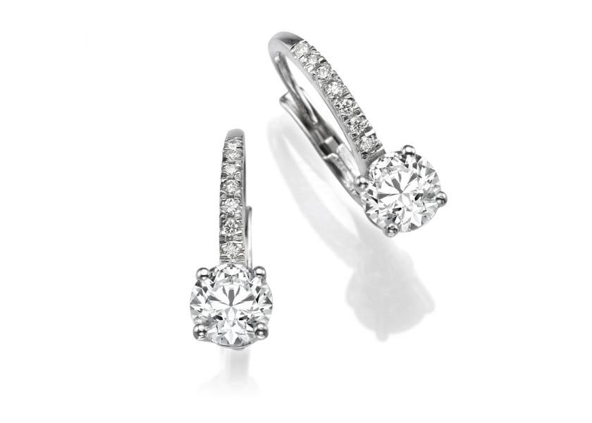 Как выбрать серьги или пусеты с бриллиантами