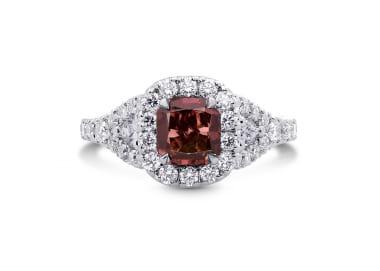 Натуральные красные бриллианты фенси