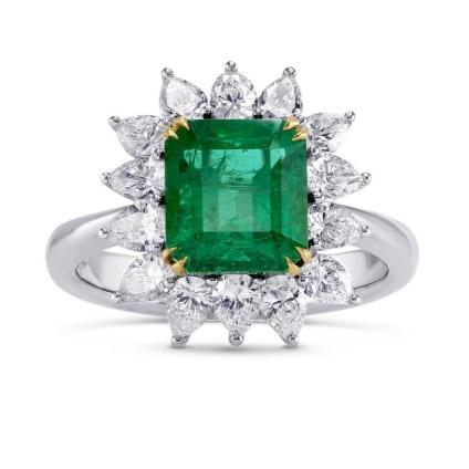 Кольцо с крупным изумрудом и бриллиантами в белом золоте