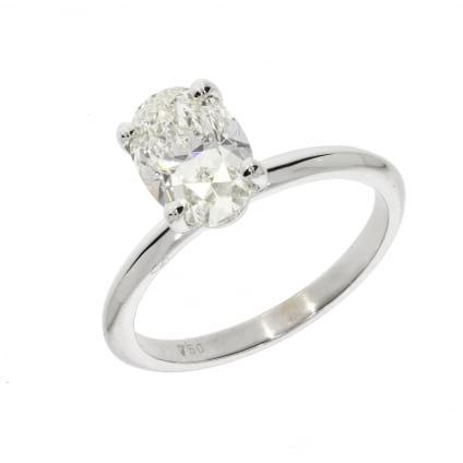 Кольцо классическое с овальным бриллиантом