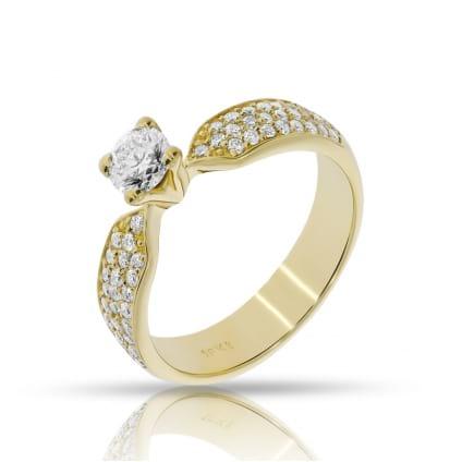 Кольцо из желтого золота с бриллиантом 1 карат