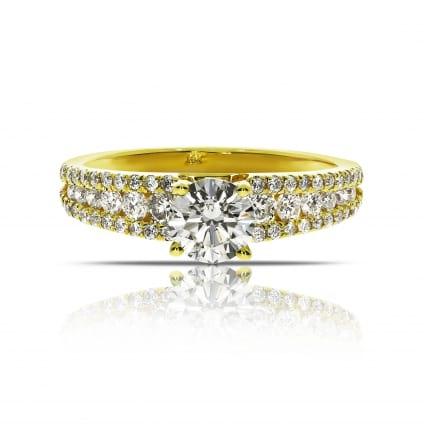 Желтое золото с бриллиантами - ювелирное кольцо
