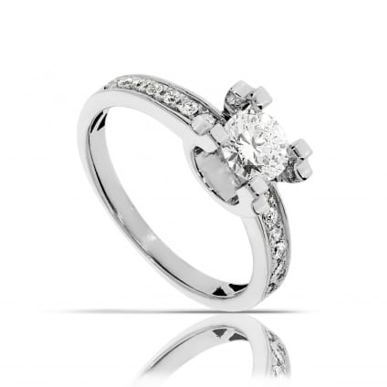 Кольцо для помолвки из белого золота с бриллиантами