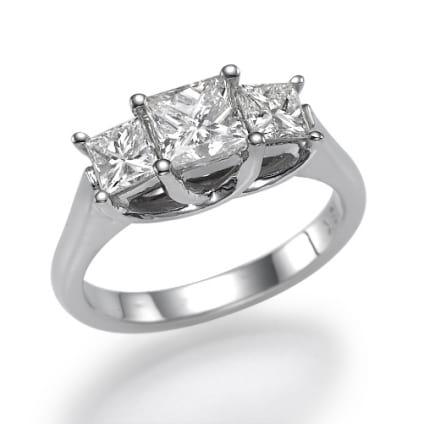 Оправа кольца для трех бриллиантов