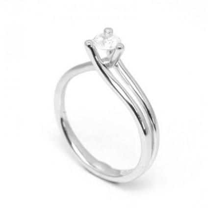Оправа из золота - кольцо с 1 бриллиантом