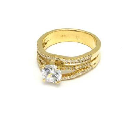 Роскошная золотая оправа бриллиантового кольца