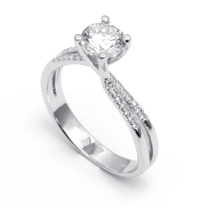Золотая оправа: кольцо для бриллианта 0.50-1 карат