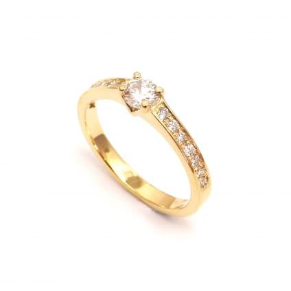 Оправа кольца в розовом золоте с дорожкой бриллиантов 0.70 карат