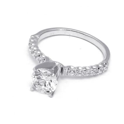 Золотая оправа для крупного бриллианта - кольцо