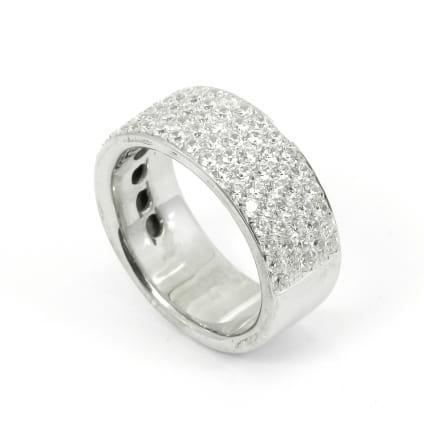 Широкое обручальное кольцо с бриллиантами 2.10 карата