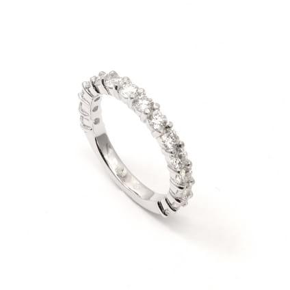 Свадебное кольцо с дорожкой бриллиантов