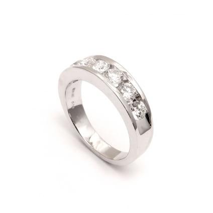 Оручальное золотое кольцо с бриллиантами 1.40 карата