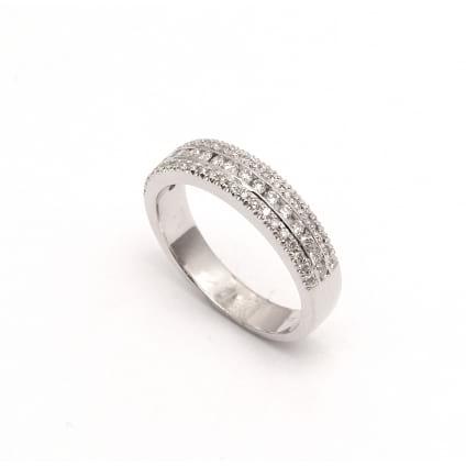 Венчальное кольцо из белого золота с бриллиантами