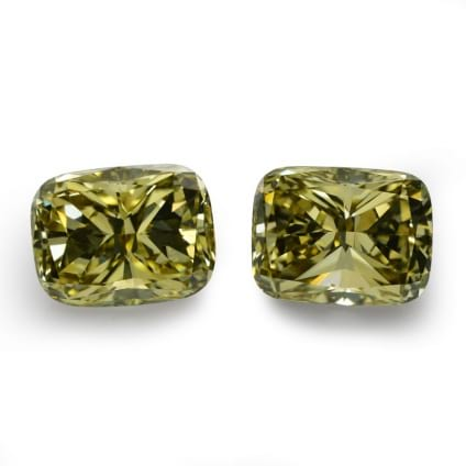 Камень без оправы, бриллиант Цвет: Желтый, Вес: 4.44 карат