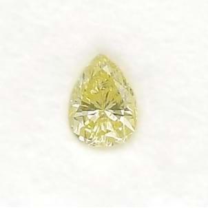 Камень без оправы, бриллиант Цвет: Желтый, Вес: 0.35 карат