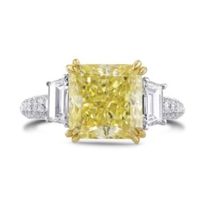 Fancy Light Yellow Radiant & Trapezoid Diamond Ring 1825518