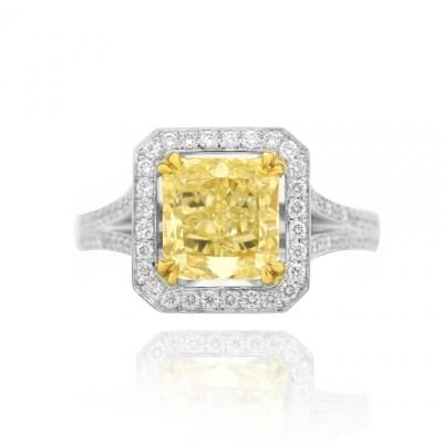 2.44ct Y-Z Radiant Cut Halo Diamond Ring set in 18K gold & Pave diamonds. 338892